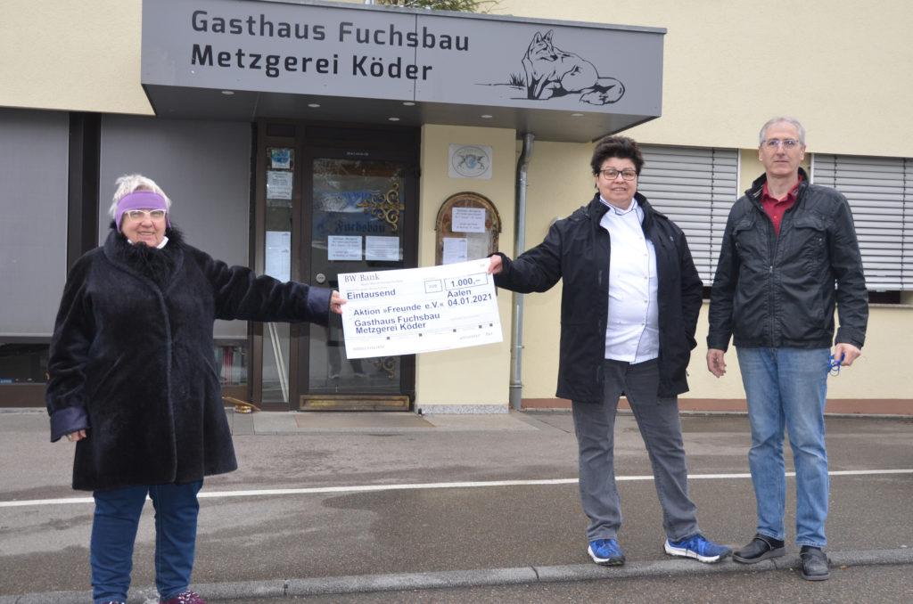 Spendenübergabe Fuchsbau